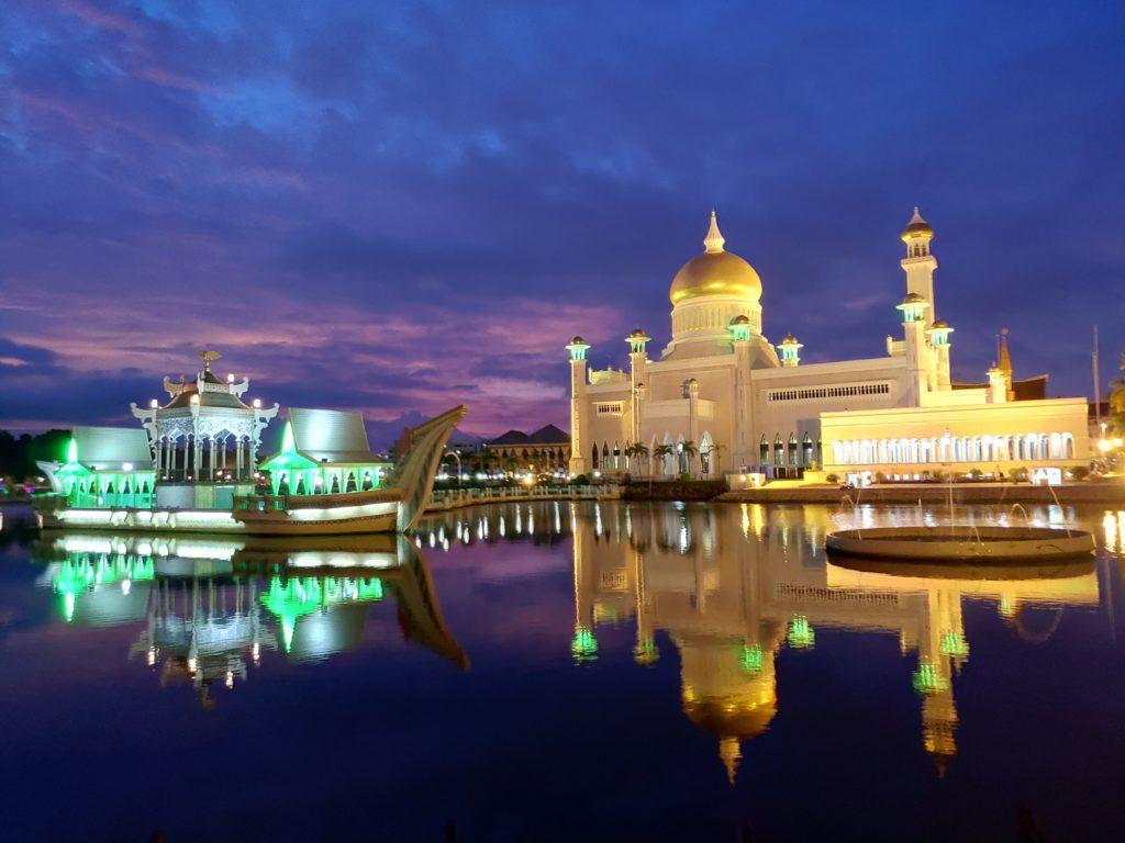 オールドモスクの夜景
